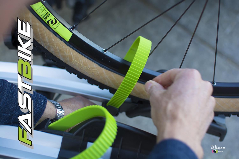 Enganches reforzados para las ruedas de la bicicleta.